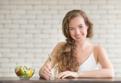 Entenda como a alimentação tem influência direta na sua saúde bucal